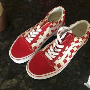 Red primary check old skool