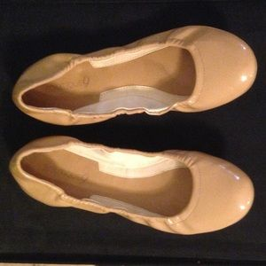 Nine West Boutique 9 Ballet Flats