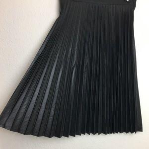 ZARA Woman Pleated Skirt