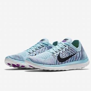 Nike Fly Knit Running Sneakers Size 8.5 Light Blue