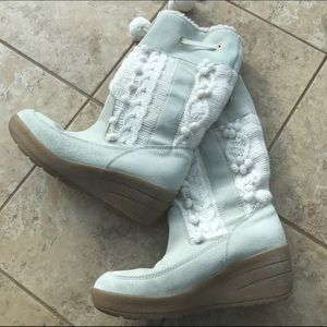 Bakers Boots - Hold for Customer