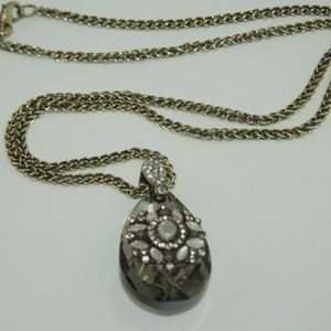 Ann Taylor Faceted Glass Pendant Necklace