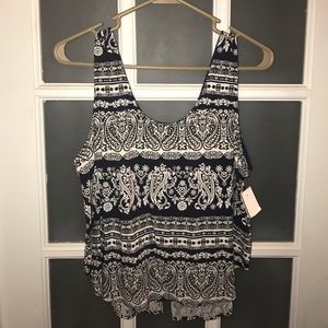 Size L Navy and White Crop Top