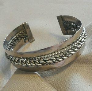 Modern Stainless steel chain cuff