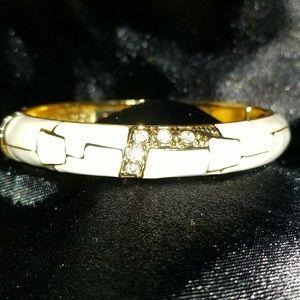 Vintage JTF Gold / Beige Hinged Bangle Bracelet
