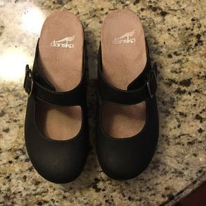 Dansko Martina black clogs size 38, like new