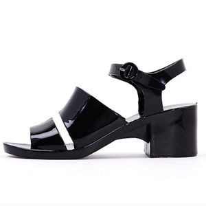 New American Apparel Black Jelly Sandals in Size 5