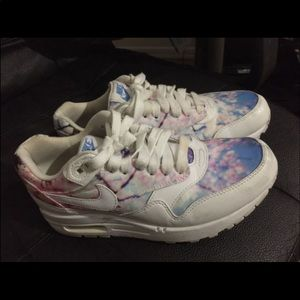 Cherry blossom air max size 7