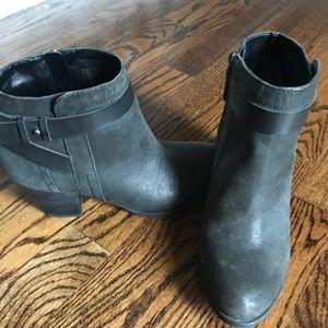 Black leather Franco sarto boot