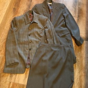 Jones New York business suit with extra jacket