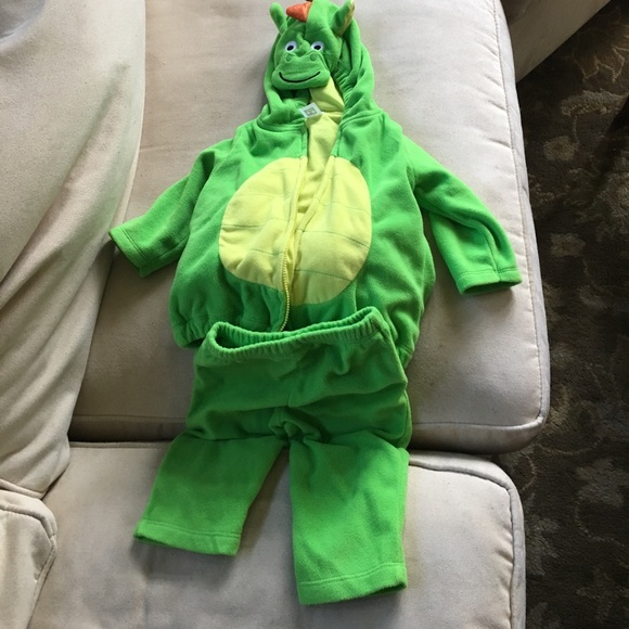 Carter 6-9 month dragon costume & Carteru0027s Costumes | Carter 69 Month Dragon Costume | Poshmark