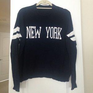 Brandy Melville New York sweater