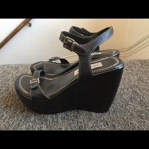 Steve Madden platform sandal