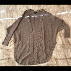 American Eagle 🦅 Knitted Sweater