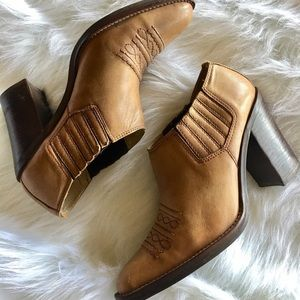SAM & LIBBY Rodeo Cowgirl Ankle Boots Leather 8.5