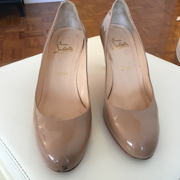 7bf30c2d7e0 Louboutins simple pump, 70mm nude patent, size 40