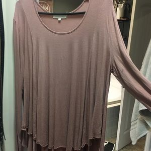 BKE Gilded Intent flowy top, blush color