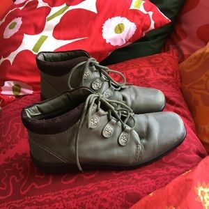 HOTTER LACE-UP ANKLE BOOT/TOP QUALITY/COMFORT FIT!