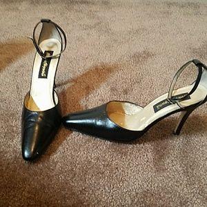 Moda Spana high heel pump