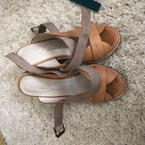 """Intentionally ______ "" heels size 39 worn twice"