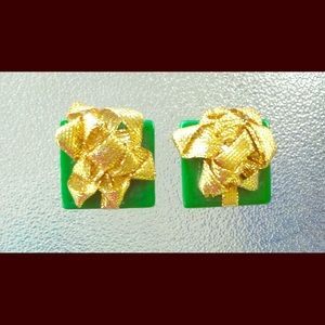VTG Gift Wrapped Presents w/ Bows Clip On Earrings