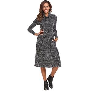 Terity lightweight sweater dress 🖤
