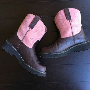 Ariat Fatbaby pink/ostrich suede boots.