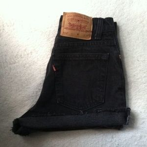 Levi's high waist jean shorts cutoffs Size 24