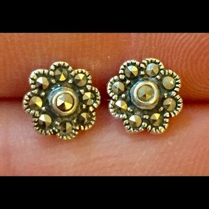 Sterling silver marcasite stud earrings 925