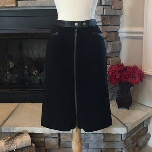 Dresses & Skirts - Edgy Pencil Skirt