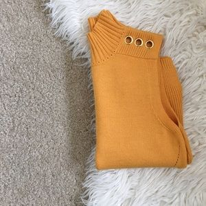 • Mustard Sleeveless Mock-neck Top W/ Grommets •