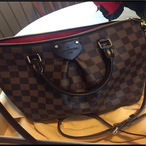 92abeed7f2 Louis Vuitton Handbags - Louis Vuitton Siena PM