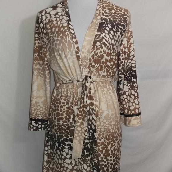 618af866af linea Donatella Other - Linea Donatella Animal print robe size S M