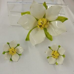 Sarah Coventry Enamel Flower Brooch Earring Set