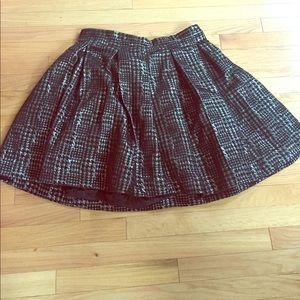 Black and silver houndstooth skirt with box pleats