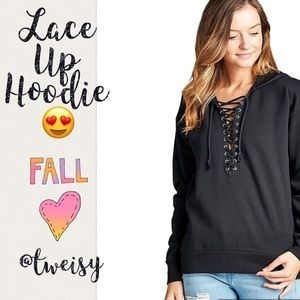 Tops - ❗️1 HR SALE❗️BLACK LACE UP HOODED SWEATSHIRT