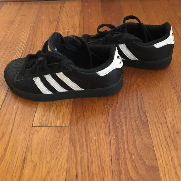 Girls Black Shell Toe Adidas | Poshmark