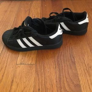 black shell toe adidas online -