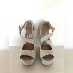 Steve Madden Xternal Faux Nude Leather Wedge