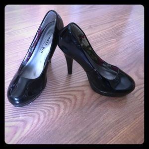 Madden Girl patent leather heels, size 7