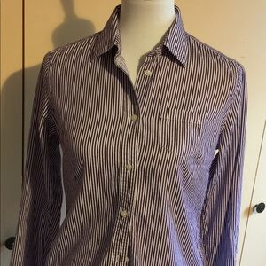 American Eagle Outfitters ladies size 6 shirt