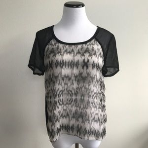 AEO : Black and White Top