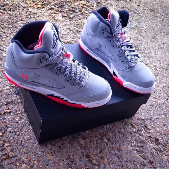 "sports shoes c90ab 45461 Jordan Retro 5 "" HotLava"""