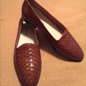 Women's s TROTTERs Brown weave leather shoes9M