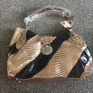 New with tags Blsck & Gold handbag!