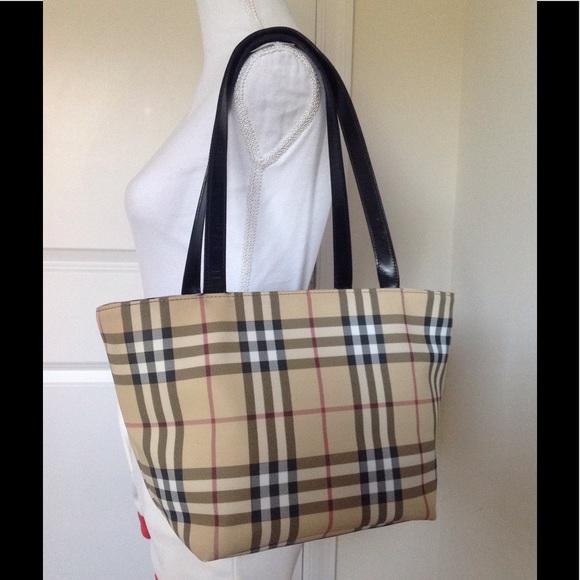 75d002926f6 Burberry Handbags - EUC Burberry nova check classic tote handbag