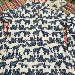 ALMOST NEW Lilly Pulitzer Button-Down Popover