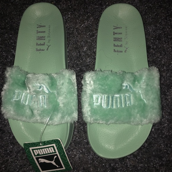 reputable site 9c3ac 8992d Mint Green Fenty Slides NWT