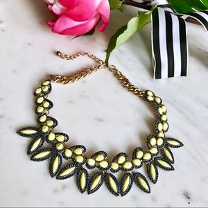 Jewelry - 🎁2 for $24! 🎉HP🎉Jeweled Leaf Statement Necklace