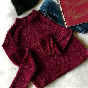 Sweaters - 💸NWOT! Cropped Fuzzy Sweater (❗️Clearance❗️)